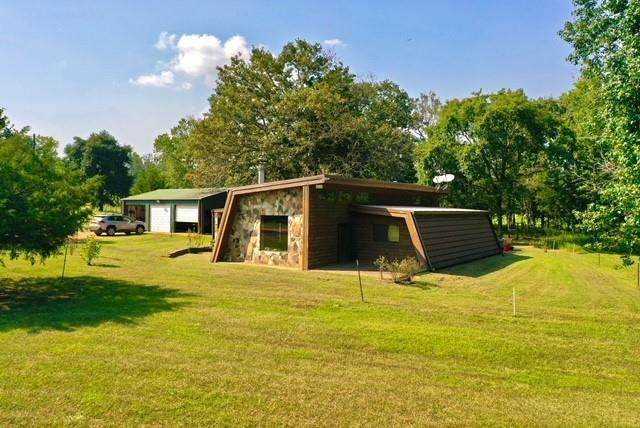 3445 County Road 4701, Troup, TX 75789 (MLS #14678967) :: Real Estate By Design