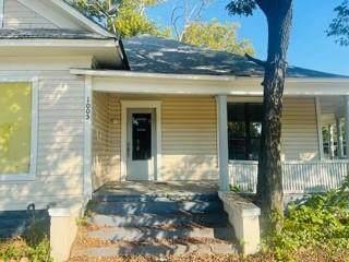 1005 E Henderson Street, Cleburne, TX 76031 (MLS #14681286) :: KW Commercial Dallas