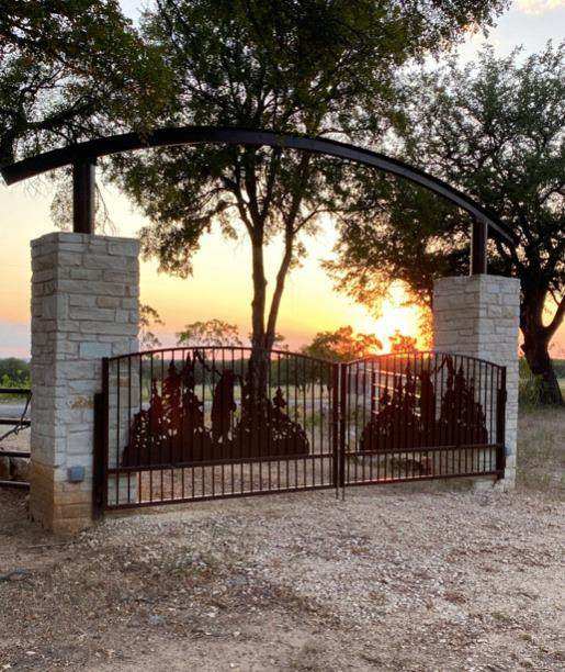 8245 County Road 239, Hico, TX 76457 (MLS #14681578) :: Front Real Estate Co.