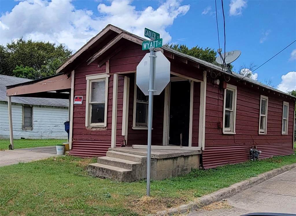 517 Wyatt Street - Photo 1