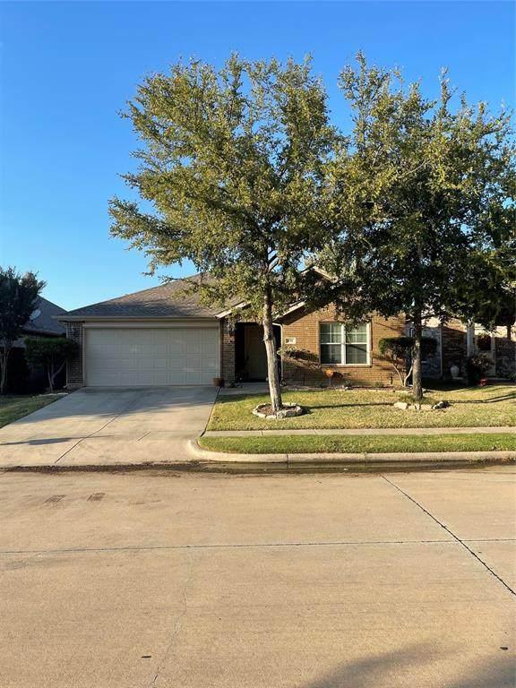 491 Maverick Drive, Lake Dallas, TX 75065 (MLS #14682835) :: VIVO Realty