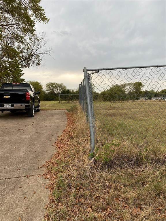 5208 Cox Street, Fort Worth, TX 76105 (MLS #14683377) :: Jones-Papadopoulos & Co