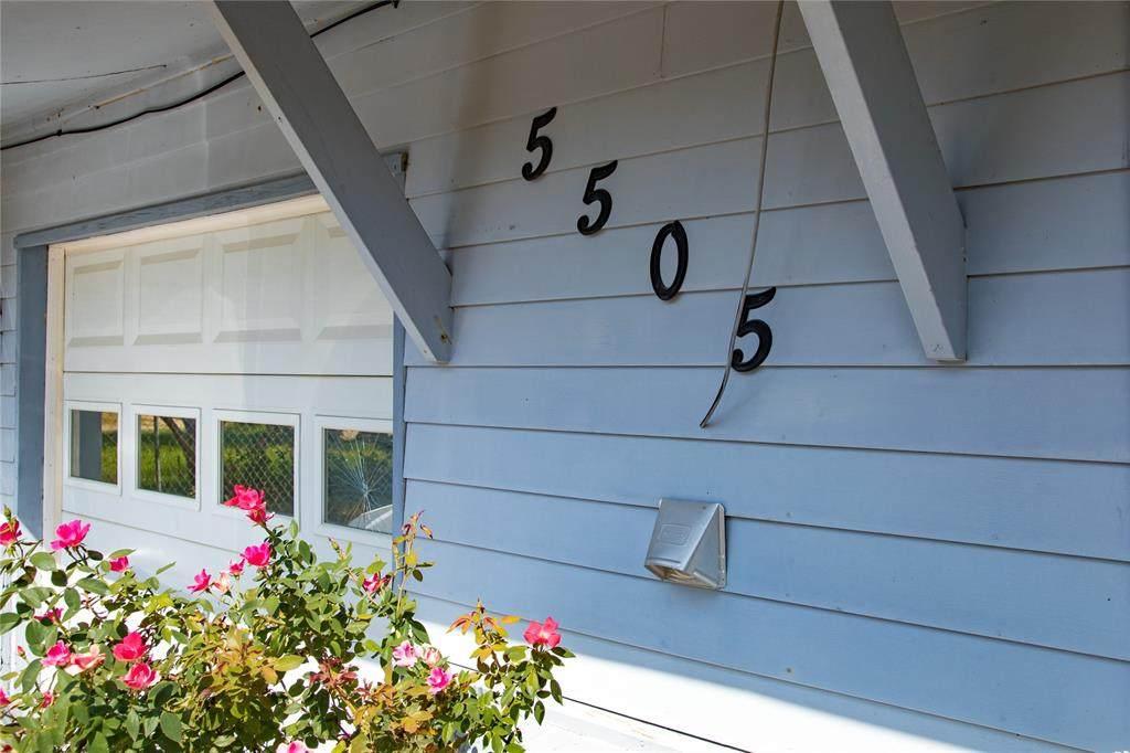 5505 Sun Valley Drive - Photo 1