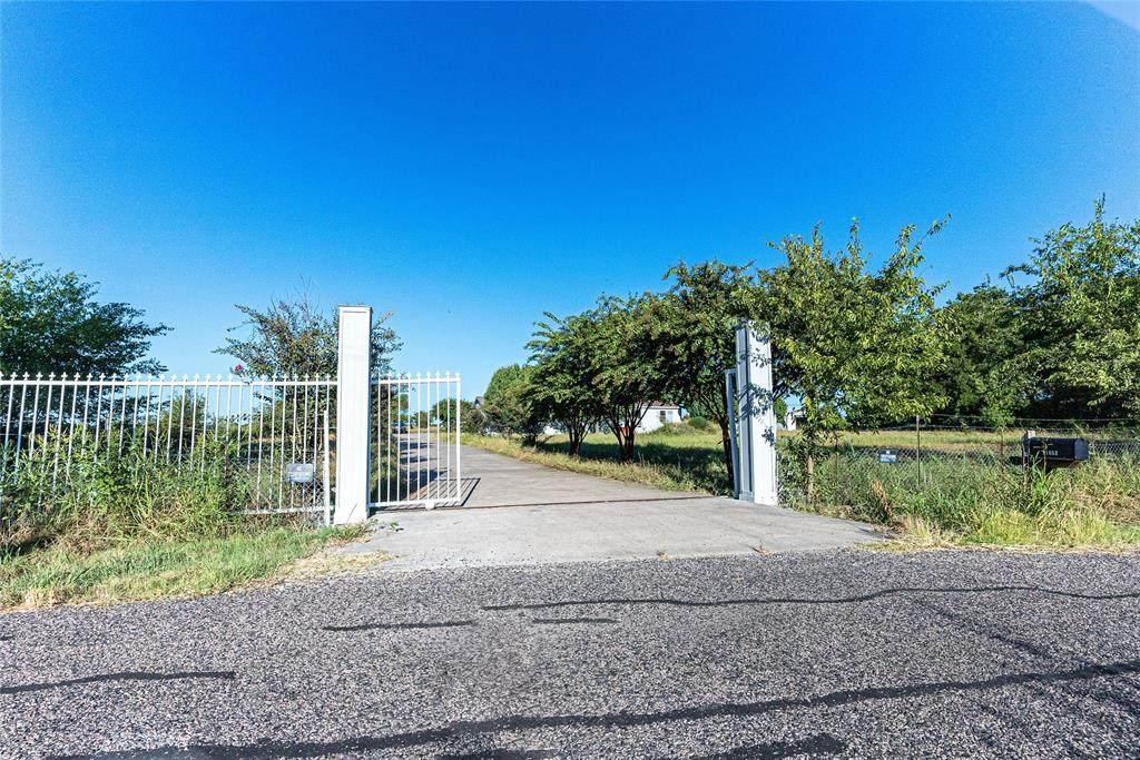 11653 County Road 739 - Photo 1