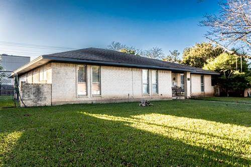 311 Brookwood Drive, Duncanville, TX 75116 (MLS #14684388) :: Jones-Papadopoulos & Co