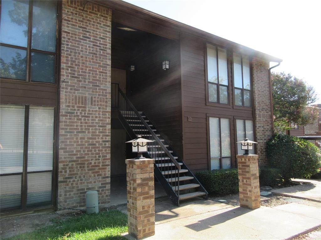 7522 Holly Hill Drive - Photo 1
