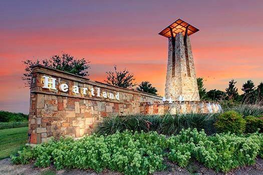 2802 Hudson Drive, Heartland, TX 75126 (MLS #14685341) :: Real Estate By Design