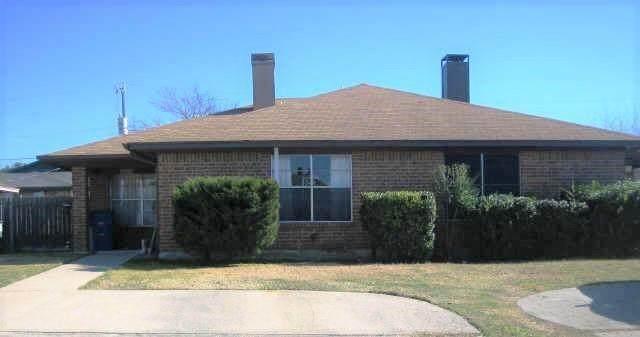 9674 Windy Ridge Road, Frisco, TX 75033 (MLS #14685620) :: KW Commercial Dallas