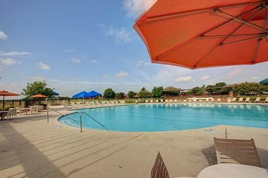 2813 Hudson Drive, Heartland, TX 75126 (MLS #14685643) :: Real Estate By Design