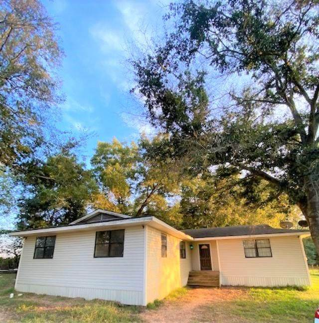217 Kelly Lane, Kemp, TX 75143 (#14686769) :: Homes By Lainie Real Estate Group