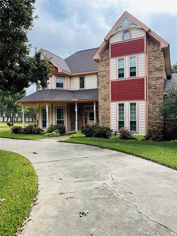 953 Ottinger Road, Keller, TX 76262 (MLS #14688134) :: The Chad Smith Team