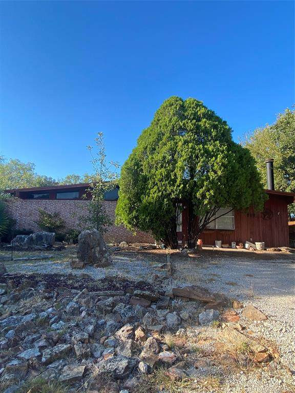 718 Segundo Drive, Runaway Bay, TX 76426 (MLS #14688278) :: Robbins Real Estate Group