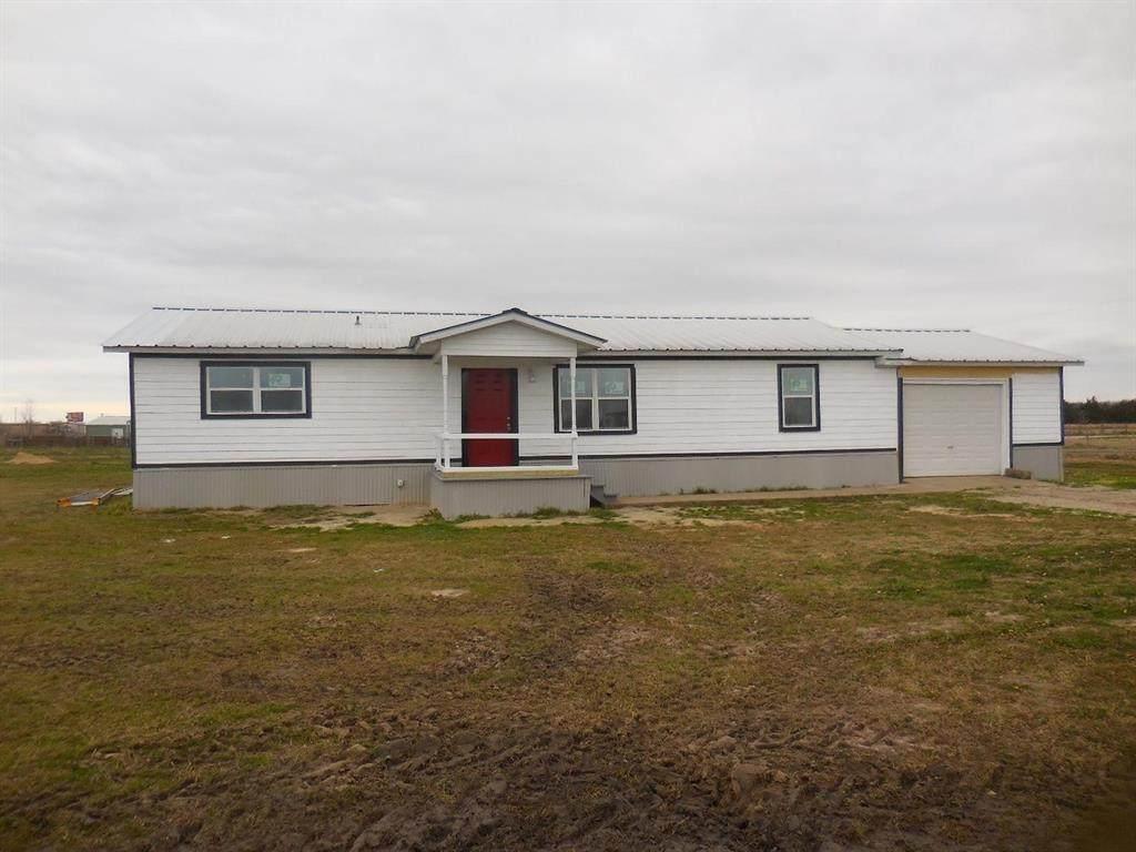 3561 County Road 2170 - Photo 1