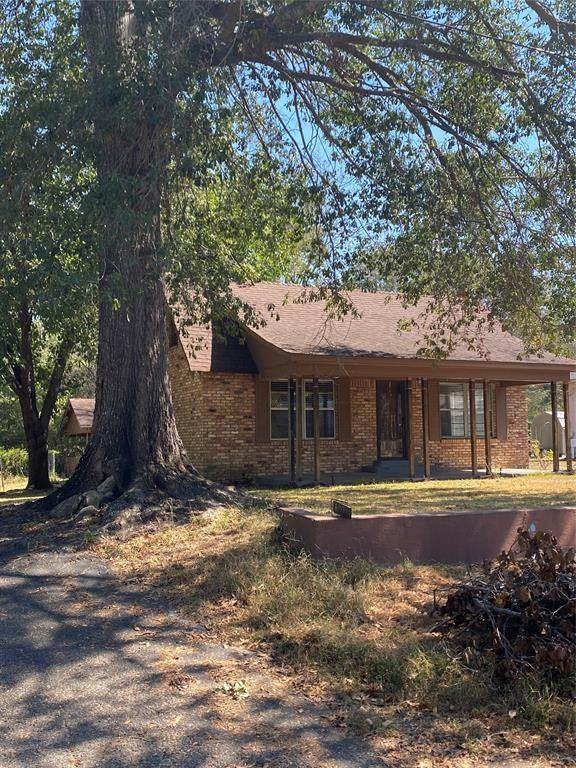 1008 Sycamore Street, Mineola, TX 75773 (MLS #14689235) :: The Krissy Mireles Team