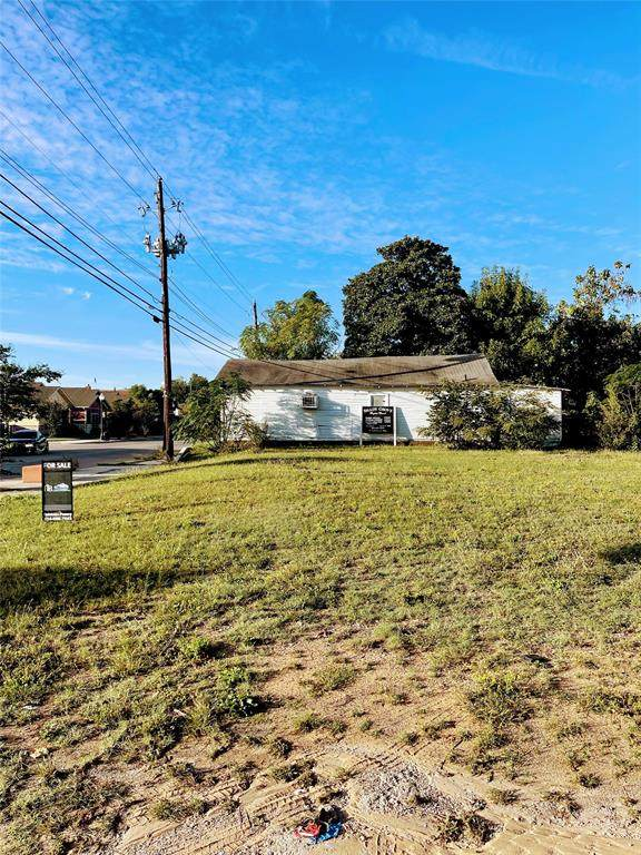 4731 Spring Avenue, Dallas, TX 75210 (MLS #14692338) :: Craig Properties Group
