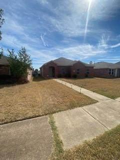 2942 Midbury Drive, Lancaster, TX 75134 (MLS #14692434) :: The Kimberly Davis Group