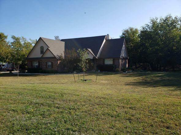13878 Windham Drive, Van Alstyne, TX 75495 (MLS #14692509) :: 1st Choice Realty