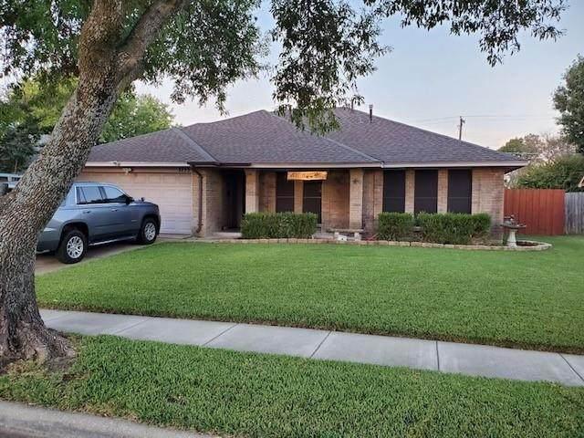 3753 Royal Valley Road, Grand Prairie, TX 75052 (MLS #14692517) :: Robbins Real Estate Group