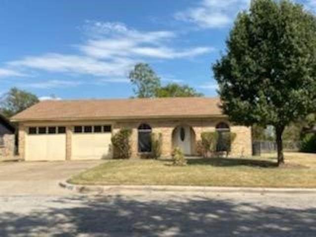 4321 Burke Road, Fort Worth, TX 76119 (MLS #14693283) :: Beary Nice Homes