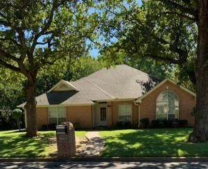 1922 Country Brook Drive, Weatherford, TX 76087 (MLS #14693462) :: Jones-Papadopoulos & Co