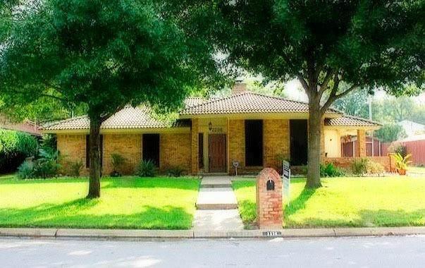 2236 Farrington Lane, Hurst, TX 76054 (MLS #14694317) :: Epic Direct Realty