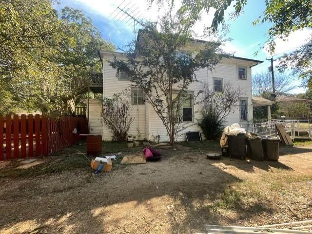 407 E Franklin Street, Hillsboro, TX 76645 (MLS #14694693) :: Jones-Papadopoulos & Co