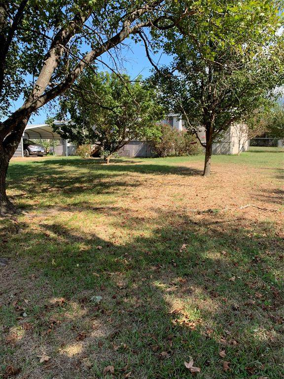 202 Comanche, Quitman, TX 75783 (MLS #14696009) :: Real Estate By Design