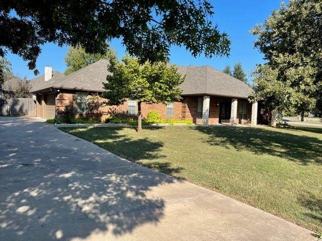 3200 Golden Oaks Circle, Granbury, TX 76049 (MLS #14696170) :: ACR- ANN CARR REALTORS®