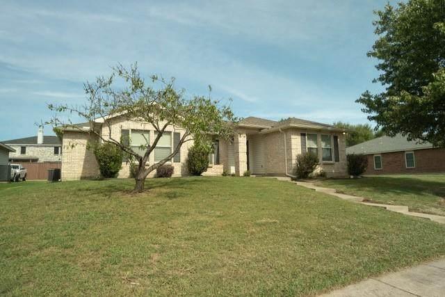 1710 Chesterwood Drive, Rockwall, TX 75032 (MLS #14696426) :: Jones-Papadopoulos & Co