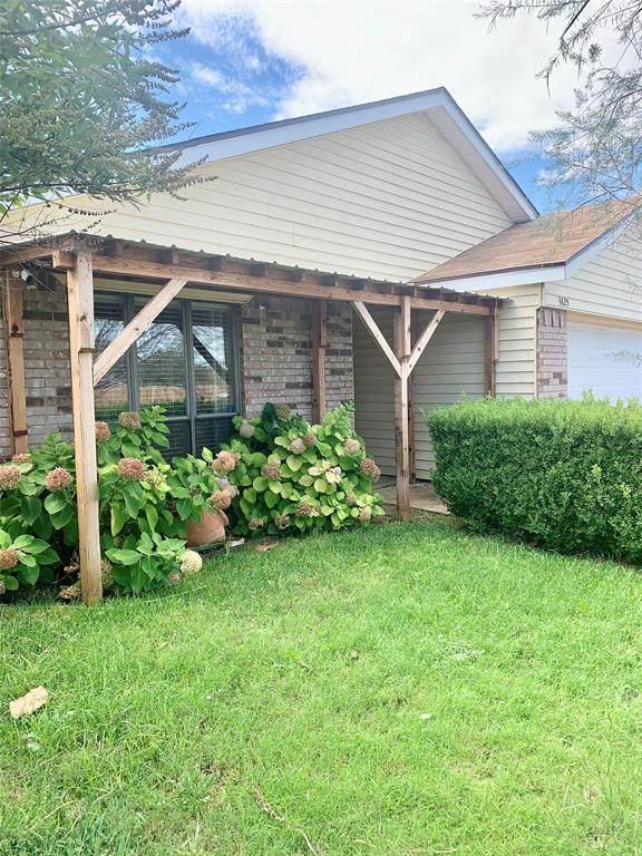 3825 Rebecca Lane, Abilene, TX 79606 (MLS #14696708) :: Jones-Papadopoulos & Co