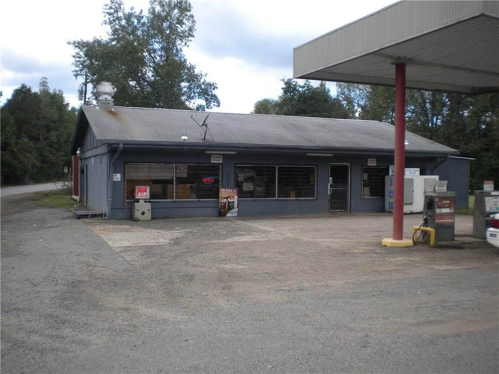 21044 Highway 175 - Photo 1