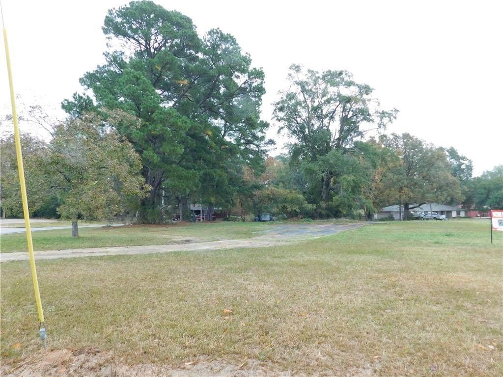 2525 Crestwood Drive - Photo 1