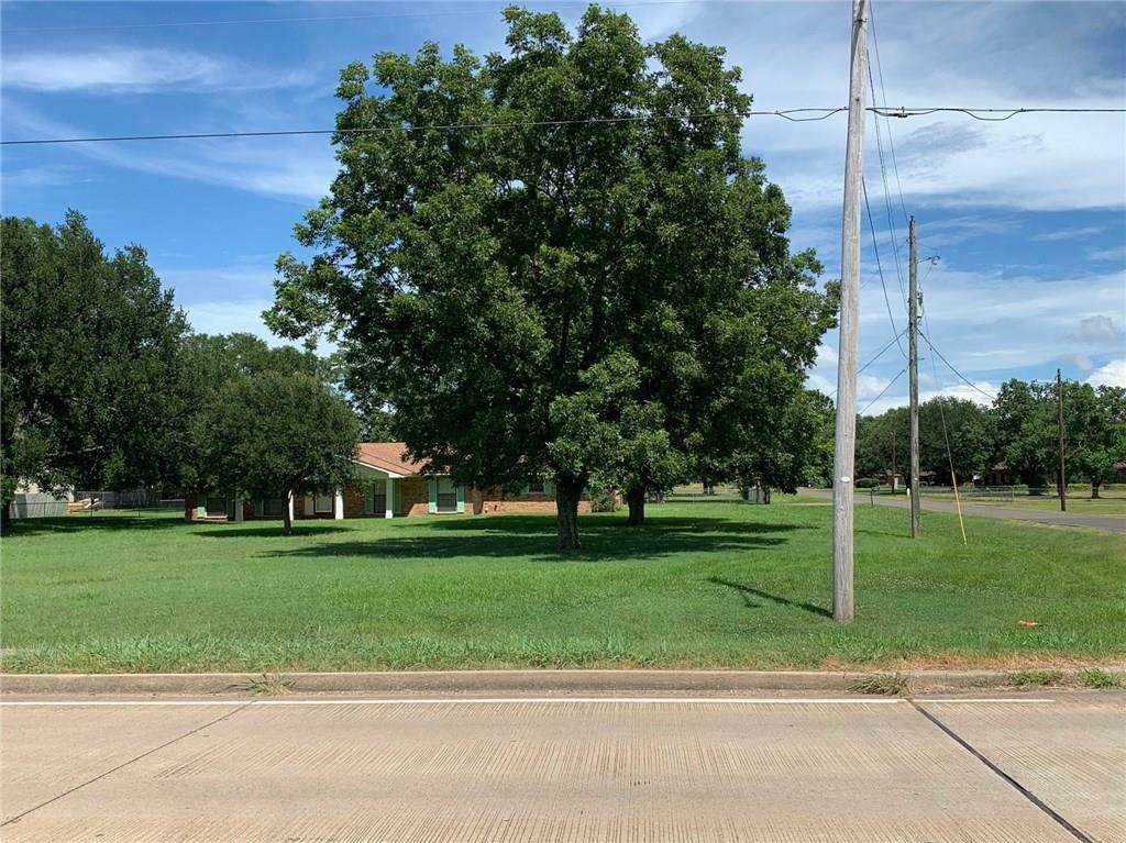 4400 Airline Drive - Photo 1