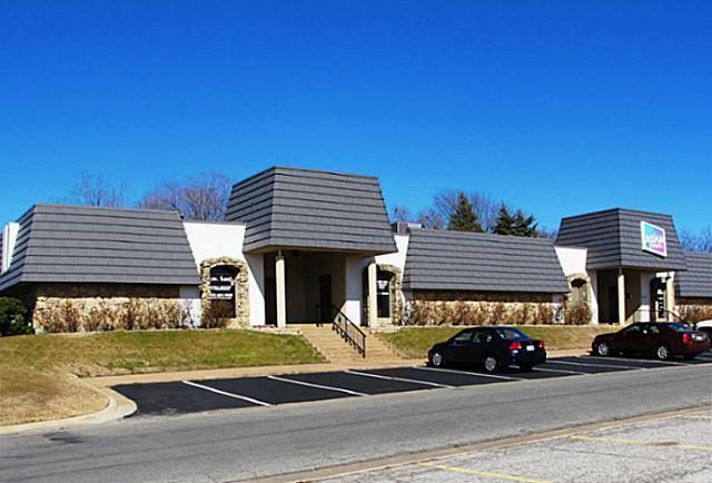2113 N Loy Lake Road N, Sherman, TX 75090 (MLS #12076634) :: Team Hodnett