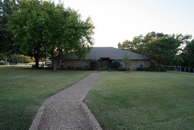 900 W Woodglen Drive, Copper Canyon, TX 75077 (MLS #13689757) :: RE/MAX Elite