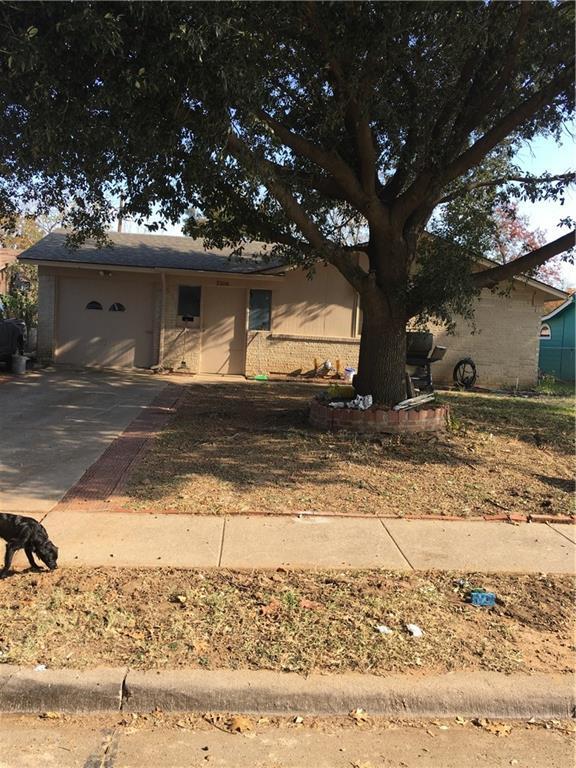 2106 Red Oak Drive, Irving, TX 75060 (MLS #13739209) :: Team Hodnett