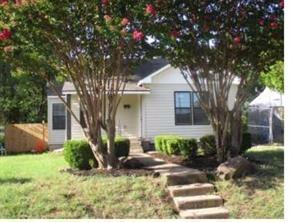 2926 Ivandell Avenue, Dallas, TX 75211 (MLS #13747799) :: Team Hodnett