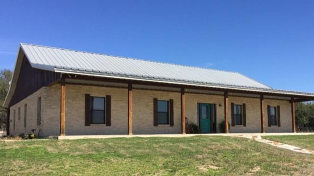 400 County Road 2480, Hico, TX 76457 (MLS #13780065) :: Team Hodnett
