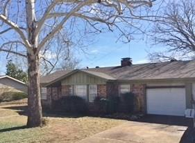1307 Rock Street, Bowie, TX 76230 (MLS #13783335) :: Team Hodnett