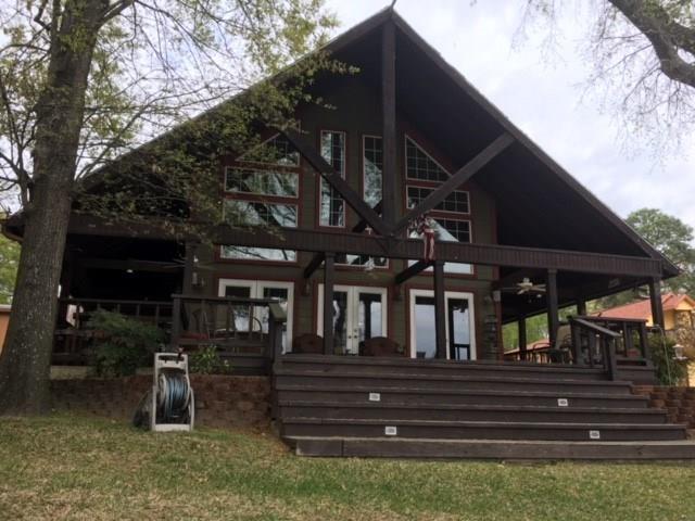 144 Pin Oak Drive, Mabank, TX 75156 (MLS #13790678) :: Team Hodnett