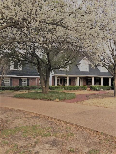 18 Meadowcreek Drive, Melissa, TX 75454 (MLS #13792431) :: Pinnacle Realty Team