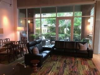3030 Bryan Street #101, Dallas, TX 75204 (MLS #13816952) :: Magnolia Realty