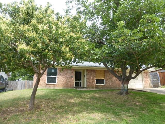 641 Gallant Fox Drive, Dallas, TX 75211 (MLS #13830132) :: Team Hodnett