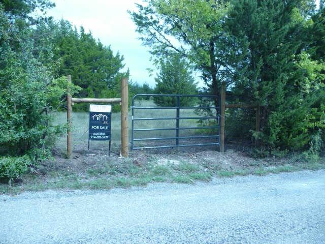 000 Red Moore Road, Whitewright, TX 75491 (MLS #13841230) :: Team Hodnett