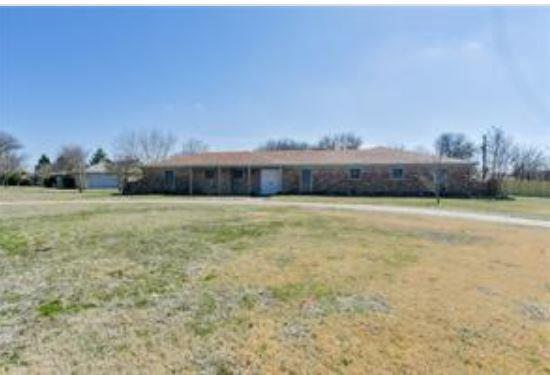 420 Sleepy Top Drive, Glenn Heights, TX 75154 (MLS #13863588) :: Team Hodnett
