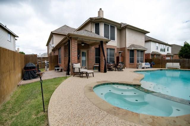 744 Caspian Way, Grand Prairie, TX 75052 (MLS #13865122) :: Pinnacle Realty Team