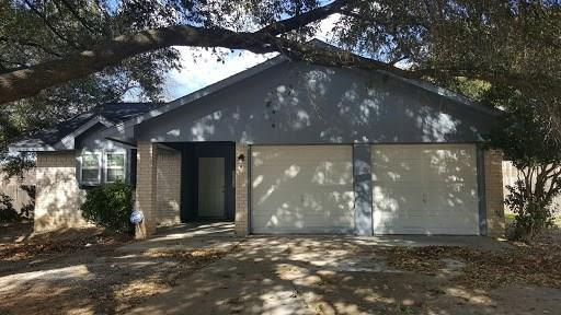 9016 S Normandale Street, Fort Worth, TX 76116 (MLS #13865468) :: Magnolia Realty