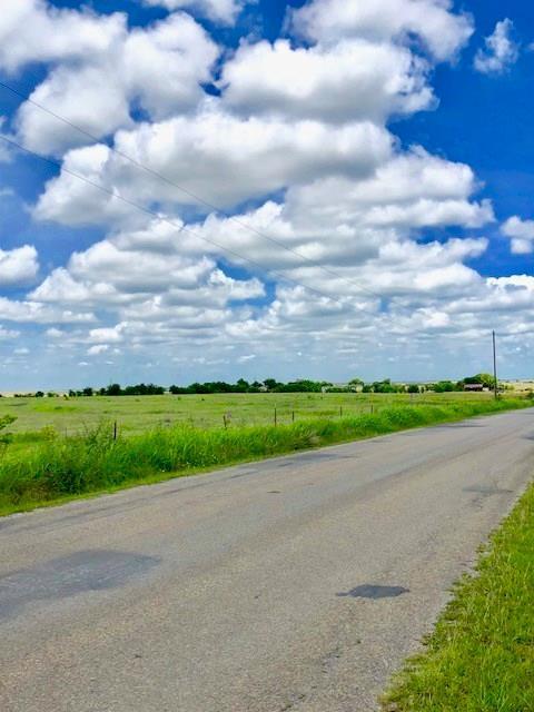 9785 County Road 1004, Godley, TX 76044 (MLS #13869579) :: Team Tiller