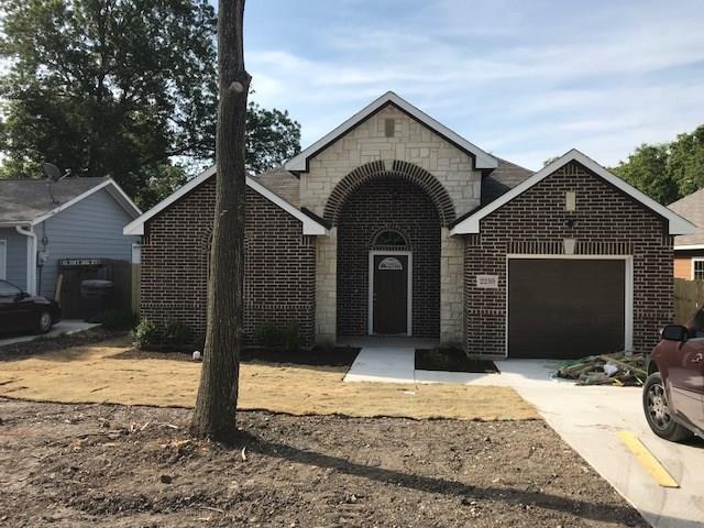 2230 Moffatt Avenue, Dallas, TX 75216 (MLS #13869988) :: Team Hodnett