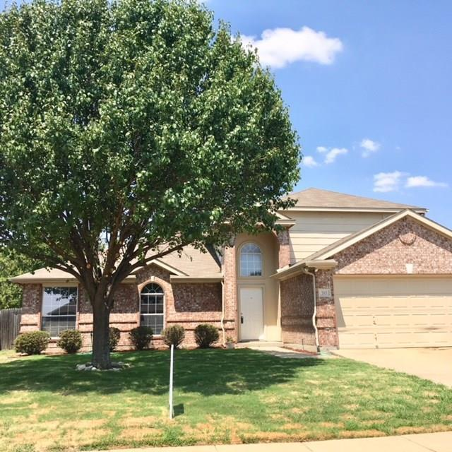 712 Glenview Drive, Mansfield, TX 76063 (MLS #13890838) :: Baldree Home Team